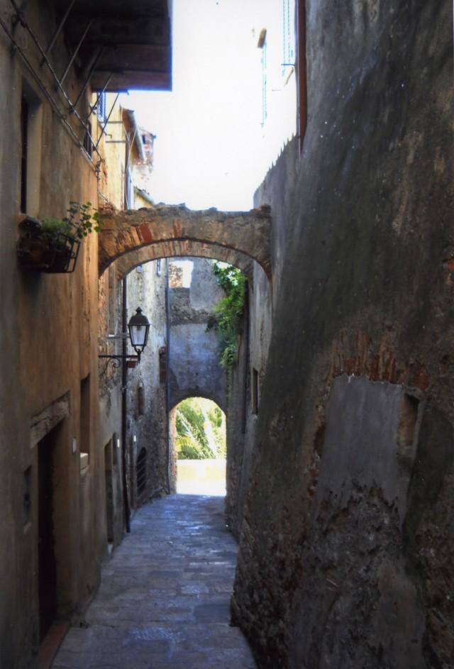 Capalbio-Street