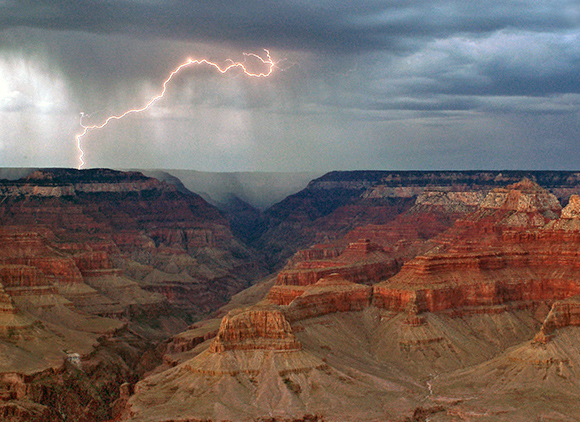 lightning-over-grand-canyon